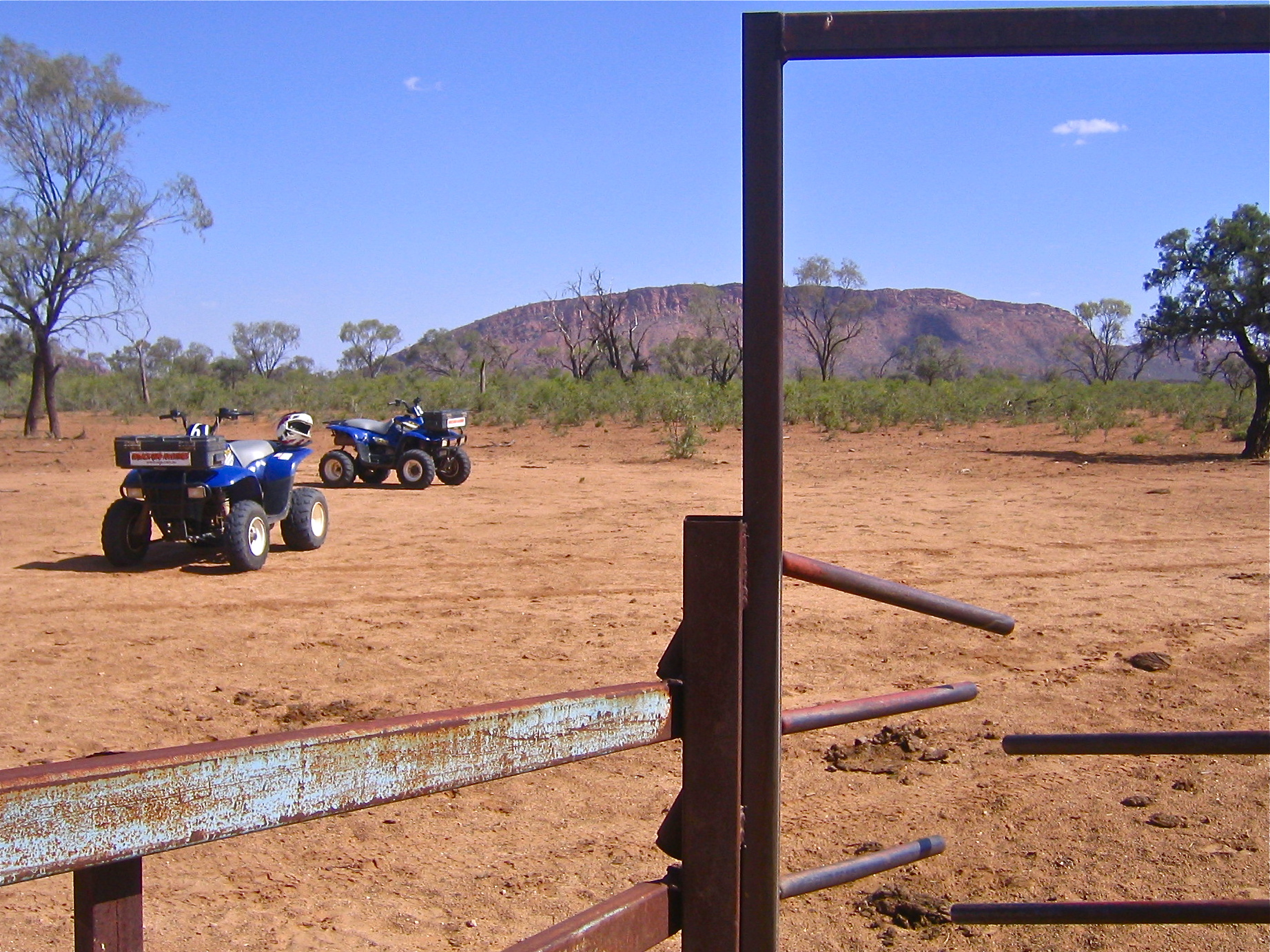 The Australian Outback Australia Alice Springs 4 wheeling aroundtheworldwithjustin.com