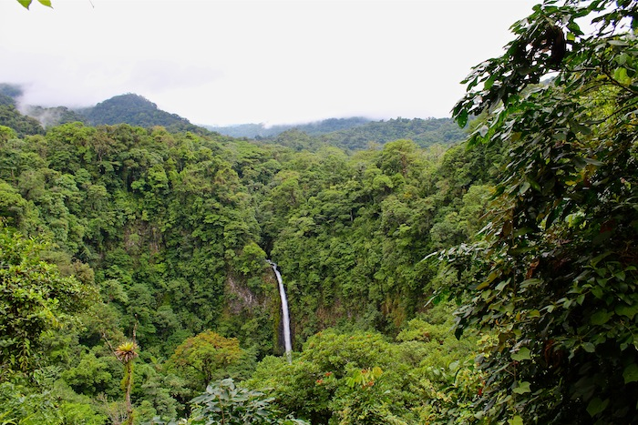 Things to do in La Fortuna Costa Rica aroundtheworldwithjustin.com