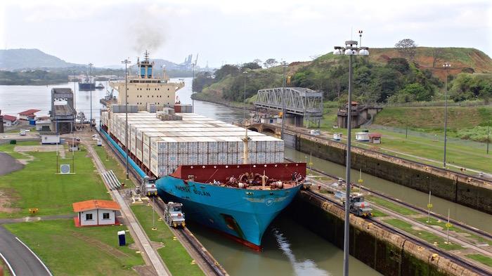 Visiting the Panama Canal Panama City Miraflores Locks aroundtheworldwithjustin.com