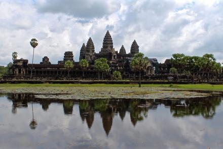 Angkor Wat Temples Cambodia Siem Reap aroundtheworldwithjustin.com