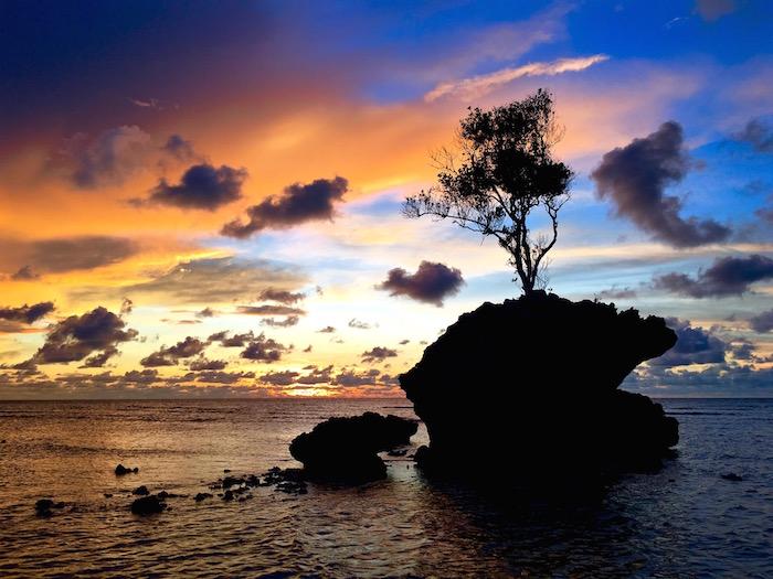 Pulau Tiga Resort Survivor Borneo Survivor Island sunset aroundtheworldwithjustin.com
