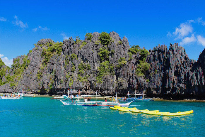 El Nido Tour A Philippines Small Lagoon aroundtheworldwithjustin.com