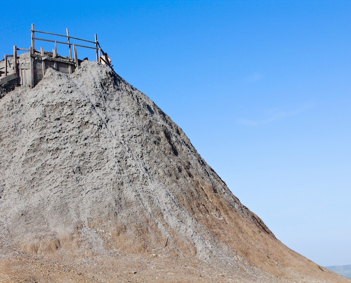 El Totumo Mud Volcano Cartagena Colombia aroundtheworldwithjustin.com