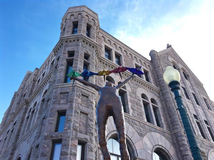 visit sioux falls south dakota sculpturewalk justin walter atwjustin.com