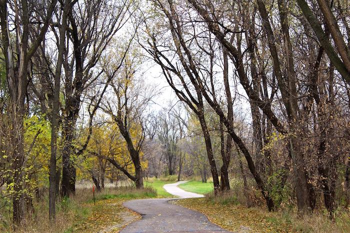 visit sioux falls south dakota bike trails justin walter atwjustin.com