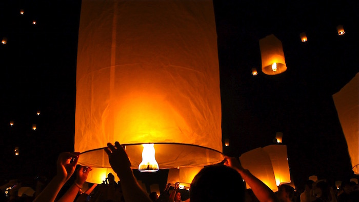 Yi Peng Lantern Festival Girl on Fire Thailand Chiang Mai atwjustin.com