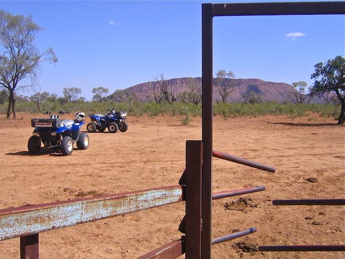 Solo Traveler Australian Outback Alice Springs Australia Down Under Solo Travel Writer Justin Walter atwjustin.com