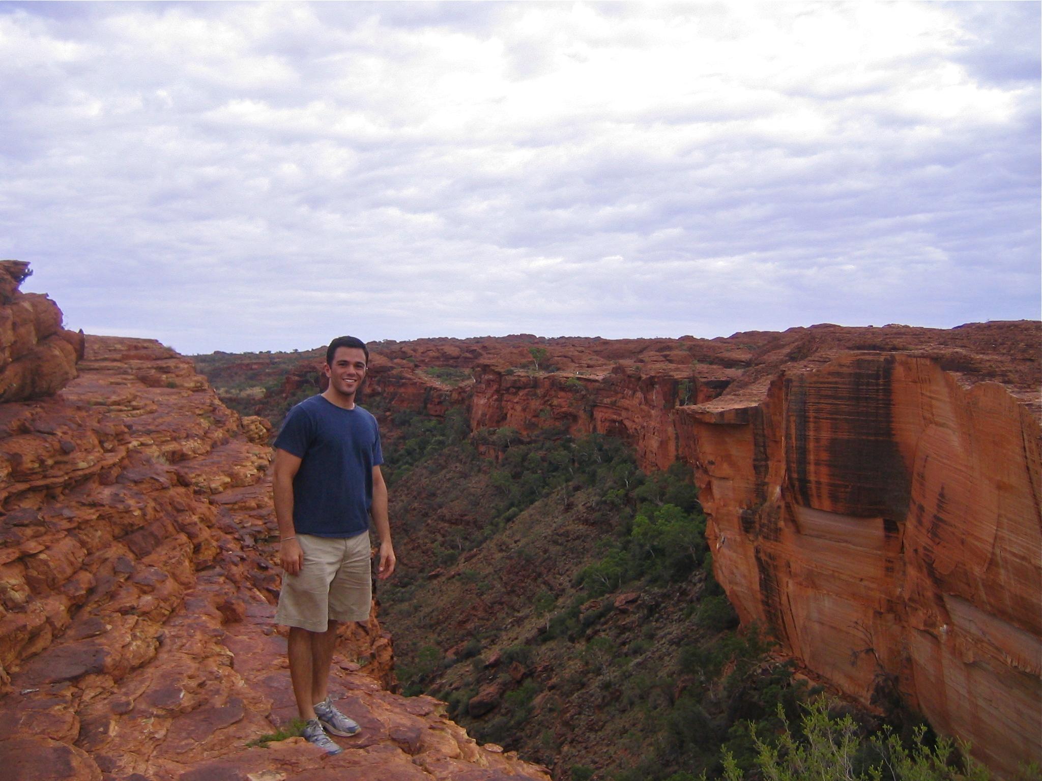 Solo Traveler Australian Outback Down Under Kings Canyon Australia Solo Travel Writer Justin Walter atwjustin.com