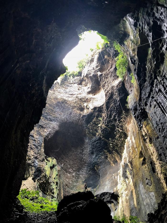 10 Ways to Discover Sabah Malaysia Simud Hitam Gomantong Cave