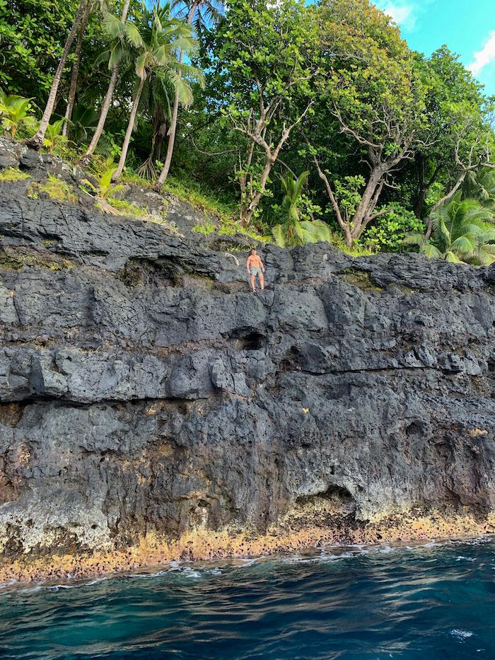 Islands of Tahiti tahiti cliff jumping